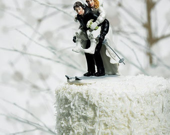 Winter Wedding Cake Topper, Skiing Bride and Groom Cake Top, Wedding Cake Top, Wedding Cake Topper, Bride and Groom Cake Top