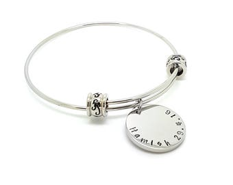 Personalised Bangle Bracelet  Silver Disk Customised Family Names Jewellery Personalised Bangle Disk Charms Gift for Mum Handstamped Name