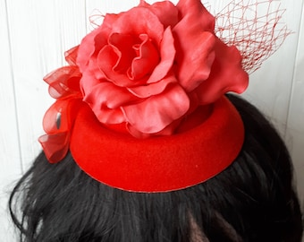 Pillbox hat with Red Veil,  Church Hat, wedding hat, British Hat, Red Fascinator with Feathers,