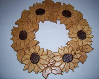 Wooden Sunflower Wreath Wall Hanging, Segmentation