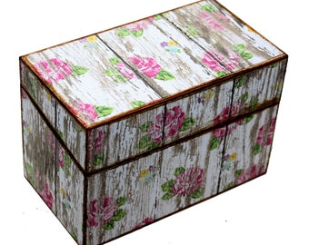 Wood Recipe Box Barn White With Pink Roses Fits 4x6 Recipe Cards
