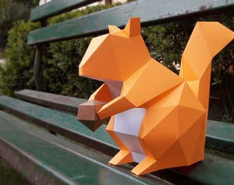 DIY Papercrafts,Paper Squirrel,Squirrel with nut,Printable squirrel,Chipmunk Squirrel,Paper animals,Paper toys,Desk decor,3d paper model