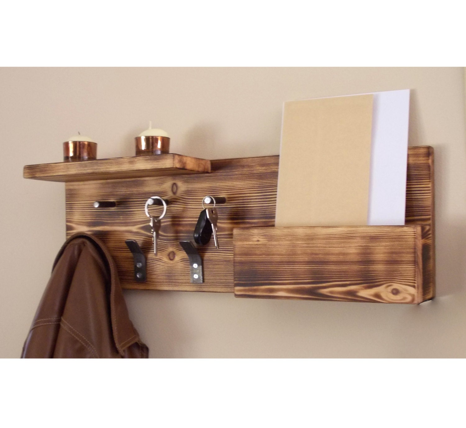 The York Lyra 2-Tier Wall Mount Mail & Key Rack from InterDesign is perfect for entryway organization. Top and bottom wire baskets plus 6 bottom hooks help keep mail .