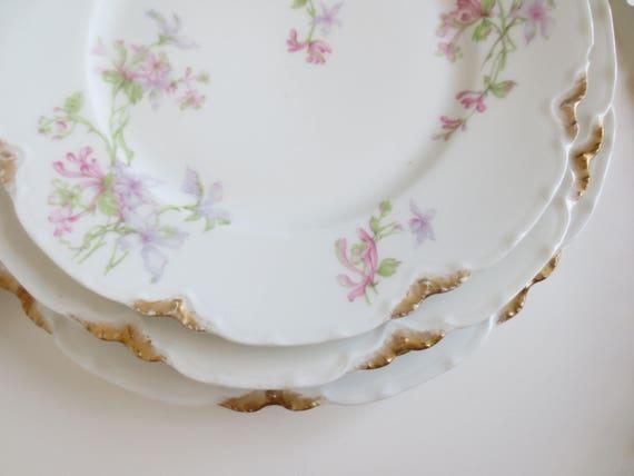 & 5 Haviland Limoges Dinner Plates Gold Daub France Salad