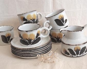 1970s Retro Midwinter Stohenge coffee set 13 pieces/ 6coffee cups/6saucers/ Coffee pot