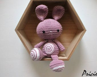 Amigurumi Kawaii rabbit with white and pink hook