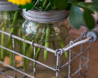 Wedding Centerpiece Vases, Wedding Mason jars, Party Centerpiece jars in Wire Basket