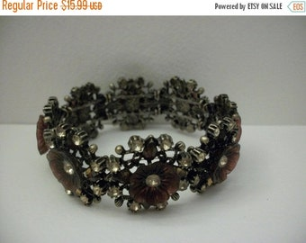 ON SALE 1950s Vintage Unique Floral Rhinestone Bracelet 1022