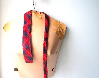 Classy vintage 60s, hand loomed wool, plaid skinny tie. Made by apache for Wurzburg.