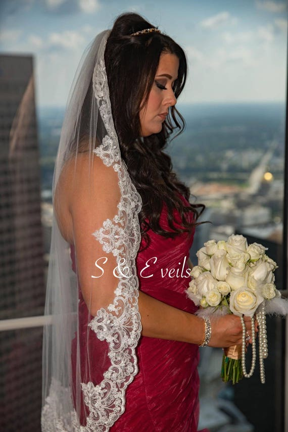Lace Wedding Veil - Fingertip Veil with Lace and metal comb