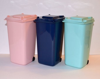 Trash Can for American Girl, My Life, Our Generation, or other 18 inch doll