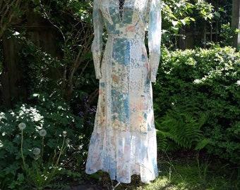 Beautiful 1970's Gunne Sax style prairie dress by Vicky Vaughn