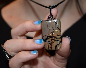 Fossil wood necklace // Wire Wrap // Handmade