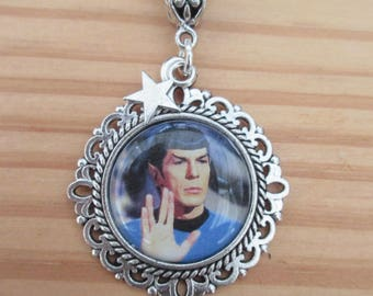 STAR TREK Spock Picture Necklace