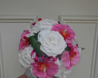 """Bry"" round bridal bouquet - white and fuchsia - artificial flowers"