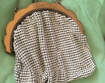 Vintage White and Gold Mesh Whiting and Davis Bridal Bag. No Lining. Gold Scalloped Frame, Chain. Wedding or Evening Bag.