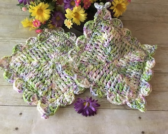 Mothers Day Gift, Kitchen Pot Holders, Green/Lavender/White Pot Holders, Pot Holders, Hot Pads, Floral Pot Holders, Gifts for Her, Crochet