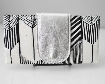 Bifold Wallet / Arrow Print Wallet / Women's Wallet / Leather Wallet