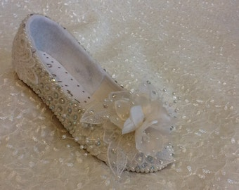 Custom Made Flower Girl First Communion Shoes Embellished with  Pearls -size 5-13, 1-4 Young girl