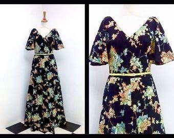 vintage maxi dress with boho floral pattern