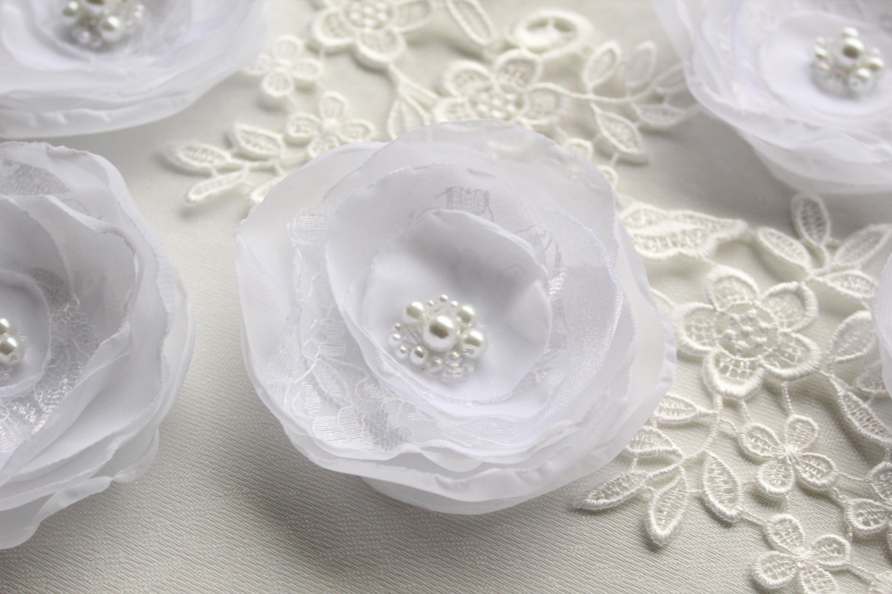 35 White Fabric Flowers Wedding Decor Flower White Chiffon