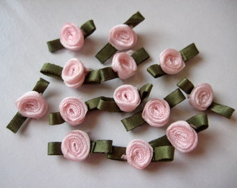 0.75 inch Light Pink Satin Ribbon Flower Appliqués with Green Leaves for Crafting, Doll Clothes, Sewing, Embellishment - 2 cm, 30 pieces