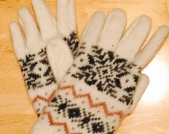 Hand knitted wool mittens, wool winter mittens, knitted mittens, wool gloves,patterned mittens
