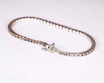 "14K White Gold 3 ct. tw. Diamond Tennis Bracelet w/61 Stones 7"" Long"