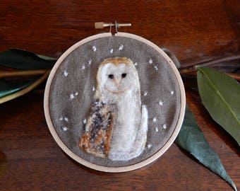 Needle Felting Portrait - Barn Owl - Merino Wool - Painting with Wool