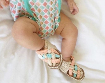Crochet baby sandals - Crochet headband baby - Infant girl sandals - Toddler girl shoes - 1st birthday girl outfit pink - Newborn baby shoes