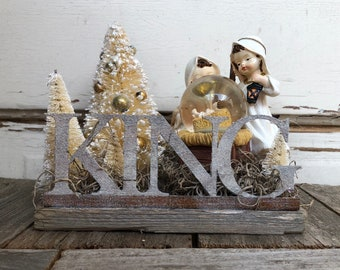 AG Designs Christmas Decor – Small Baby Jesus Nativity Snow-Globe KING Display