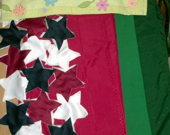 5 Linen TABLE RUNNERS TABLECLOTHS Assorted Sizes & Colors Red Green Stars
