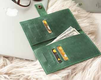 Wallet,Leather Wallet,Customized Wallet,Bifold,Card Wallet,Green Wallet,Personalized Wallet,Distressed Leather Wallet,Small Wallet,Gift,Cute