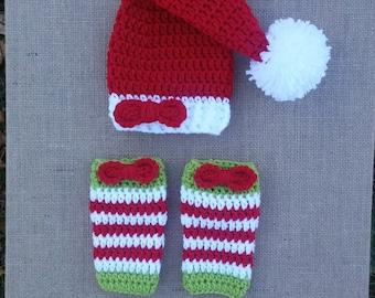 Crochet baby girl Hat and Legwarmers set, baby christmas photo prop, santa hat, crochet stocking hat, newborn girl outfit christmas,  baby