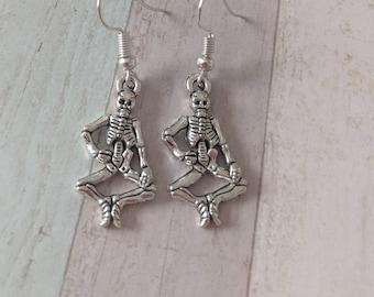 Skeleton earrings, skull earrings, skeleton jewelry, Halloween earrings, day of the dead, anatomy earrings, gothic earrings, gothic jewelry