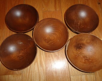 5 SOLID WOOD WOODCRAFTERS Stamped Bowls which can be used for soup, salad and dessert and have wonderful lines, design and style