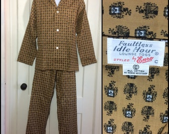 1960's Deadstock all cotton Pajamas set yellow ochre Royal Crest patterned size C nos Faultless Idle Hours by Enro