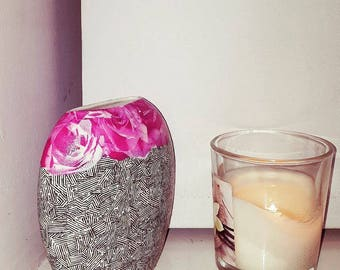 High contrast decorative vase