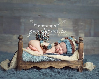 Baby Boy Elf Hat in Dusty Blue, Chocolete, and Oatmeal