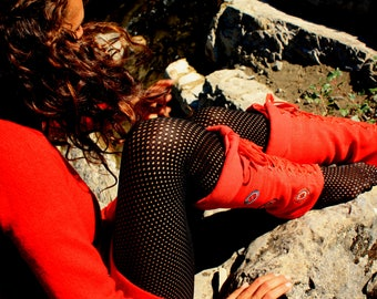 Red lace patterned embroidered round Thais gaiters