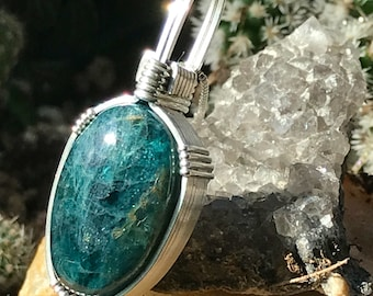 Apatite Pendant, Wire Wrapped Pendant, Argentium Silver, Apatite Jewelry, Iceland Collection