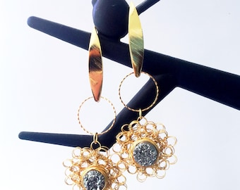 Druzy in love. Gold-filled. Gold-plated woven earrings.