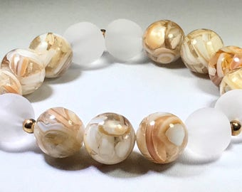 Marble & frosted glass beaded bracelet