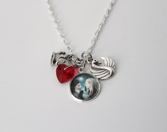 On Sale! Swan Queen Pendant Necklace Emma Swan Regina Mills BFF OTP Jewelry Disney Once Upon a Time Inspired OUAT Evil Queen Emma Necklace