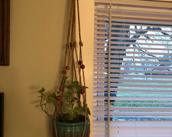 Macrame plant hanger and pot / 24 inches