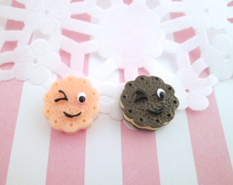 Winking face cookie cabochons, cute deco den sweet cabs, #109a, #109b