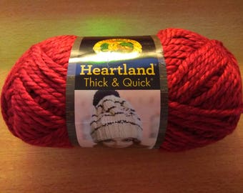Heartland Thick & Quick Yarn: Redwood