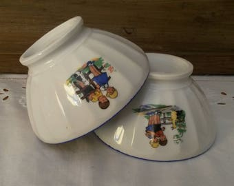 Vintage bowls / cups old foot shower / country spirit