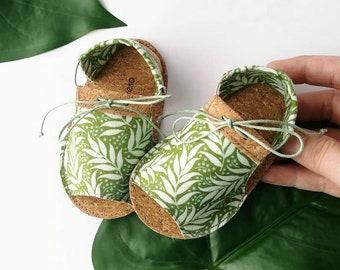 PALM sandalias de bebé de estilo moderno, 100% veganos, en tejido de corcho (con base de poliester) y tela de algodón