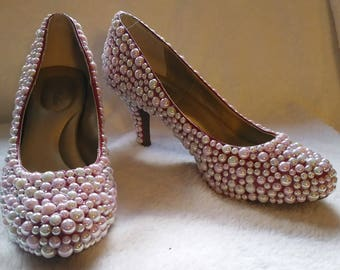 Pinky Pearl Pumps, Size 9
